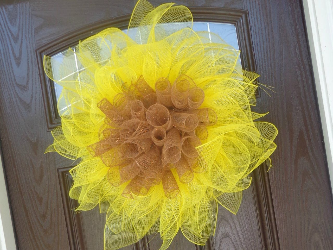 Geo mesh wreath form - Easy Geo Mesh Sunflower Wreath Tutorial