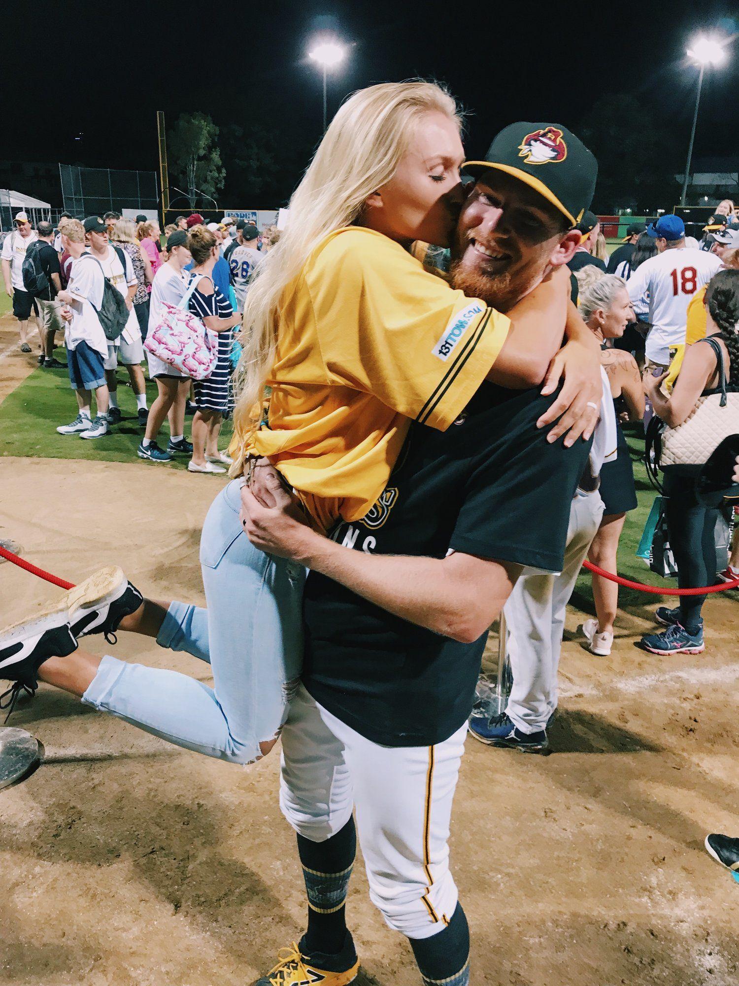 Baseball in australia baseball couples baseball