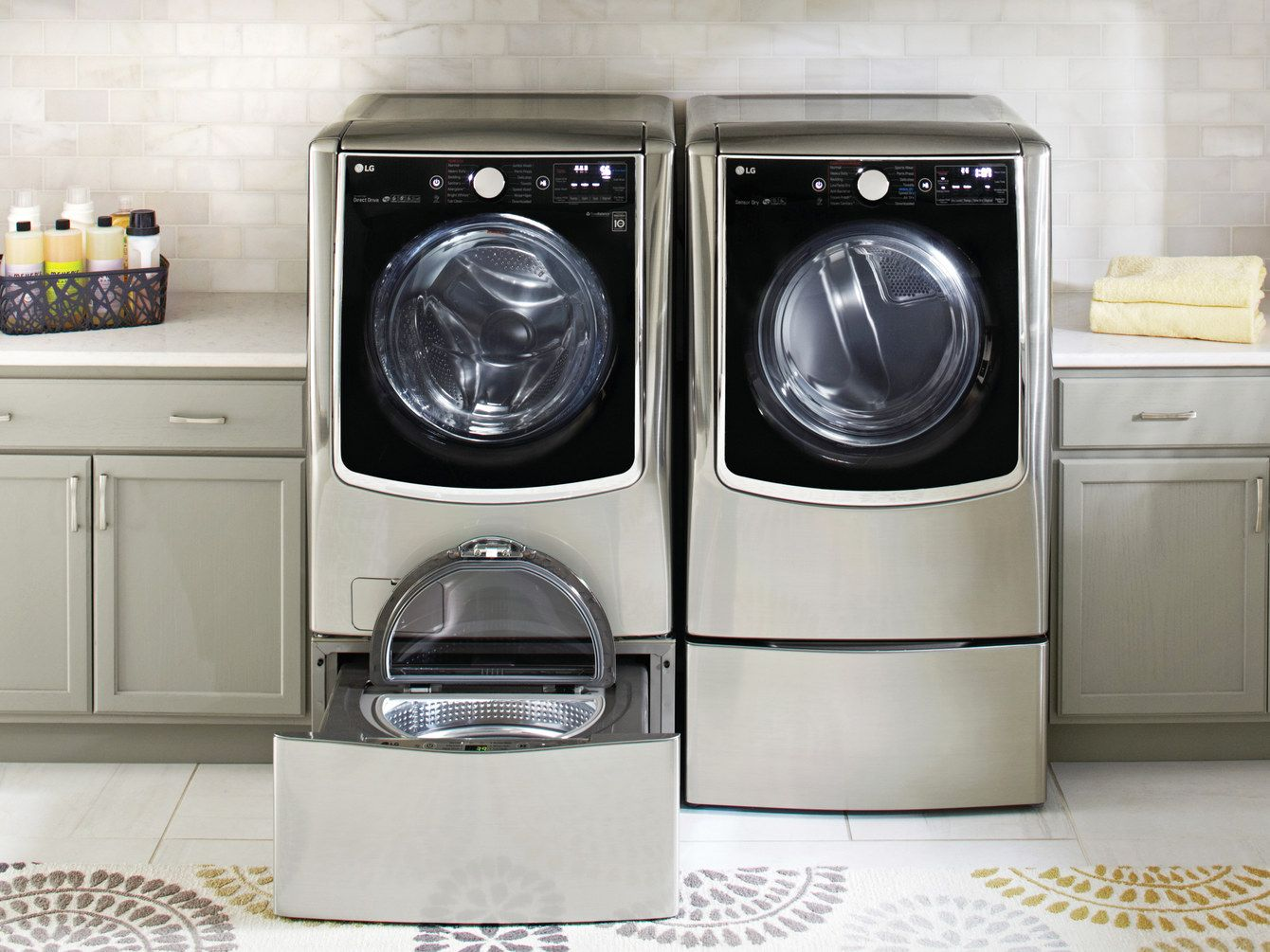 A Multitasking Washing Machine Can Handle Two Separate Loads At