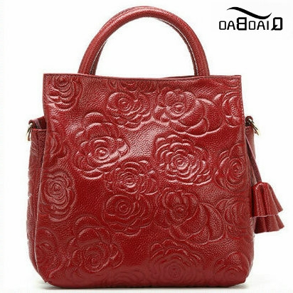 49.14$  Buy now - http://alixn5.worldwells.pw/go.php?t=32362254754 - QIAO BAO New 2017 Embossing Leisure Bag Women Messenger Bags Leather Handbag Flower Bag Casual Tote Bag 49.14$
