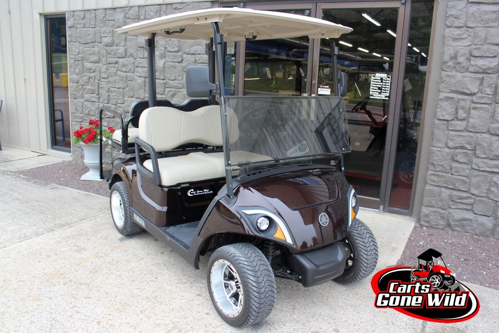 This Gas Yamaha Drive 2 Golf Cart Gets 35 Mpg And Has Turn Signals