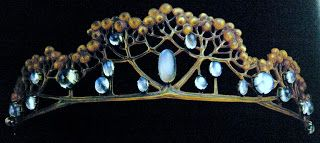 A Rene Lalique Tiara made out of tortoise shell and cabochon moonstones. To die for!