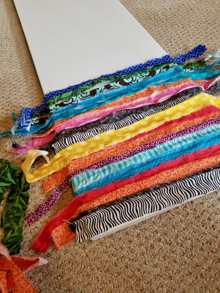 DIY Simple Upcycled Wall Art With Fabric Scraps