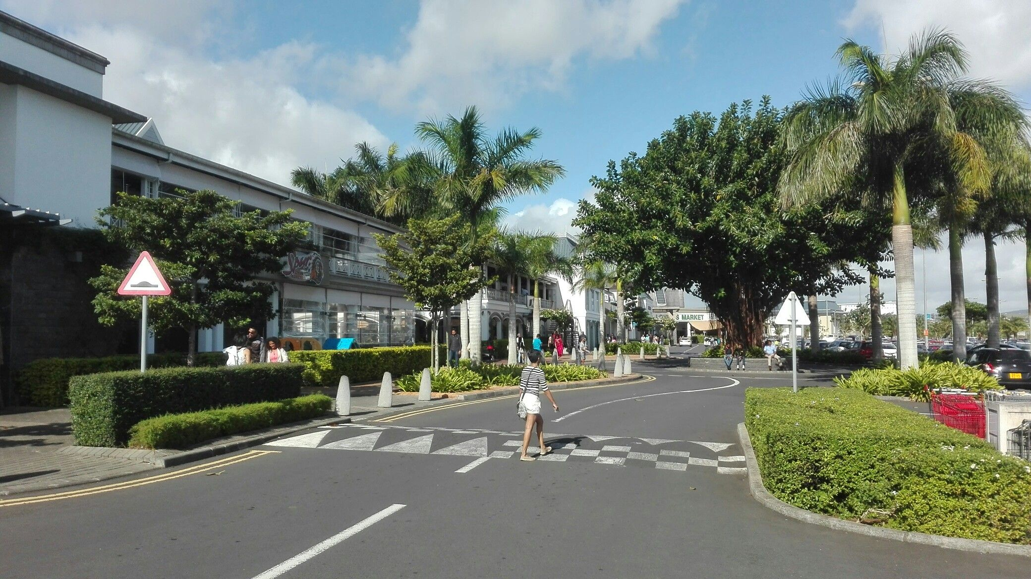 Bagatelle Shopping Centre Mall Of Mauritius Moka Mauritius Mauritius Island Mauritius Maurice Island