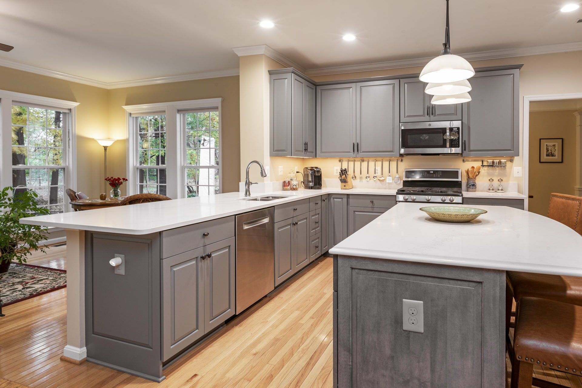 Gaithersburg Md K S Renewal Systems Llc In 2020 Cabinet Styles Kitchen Colors Grey Kitchen Cabinets
