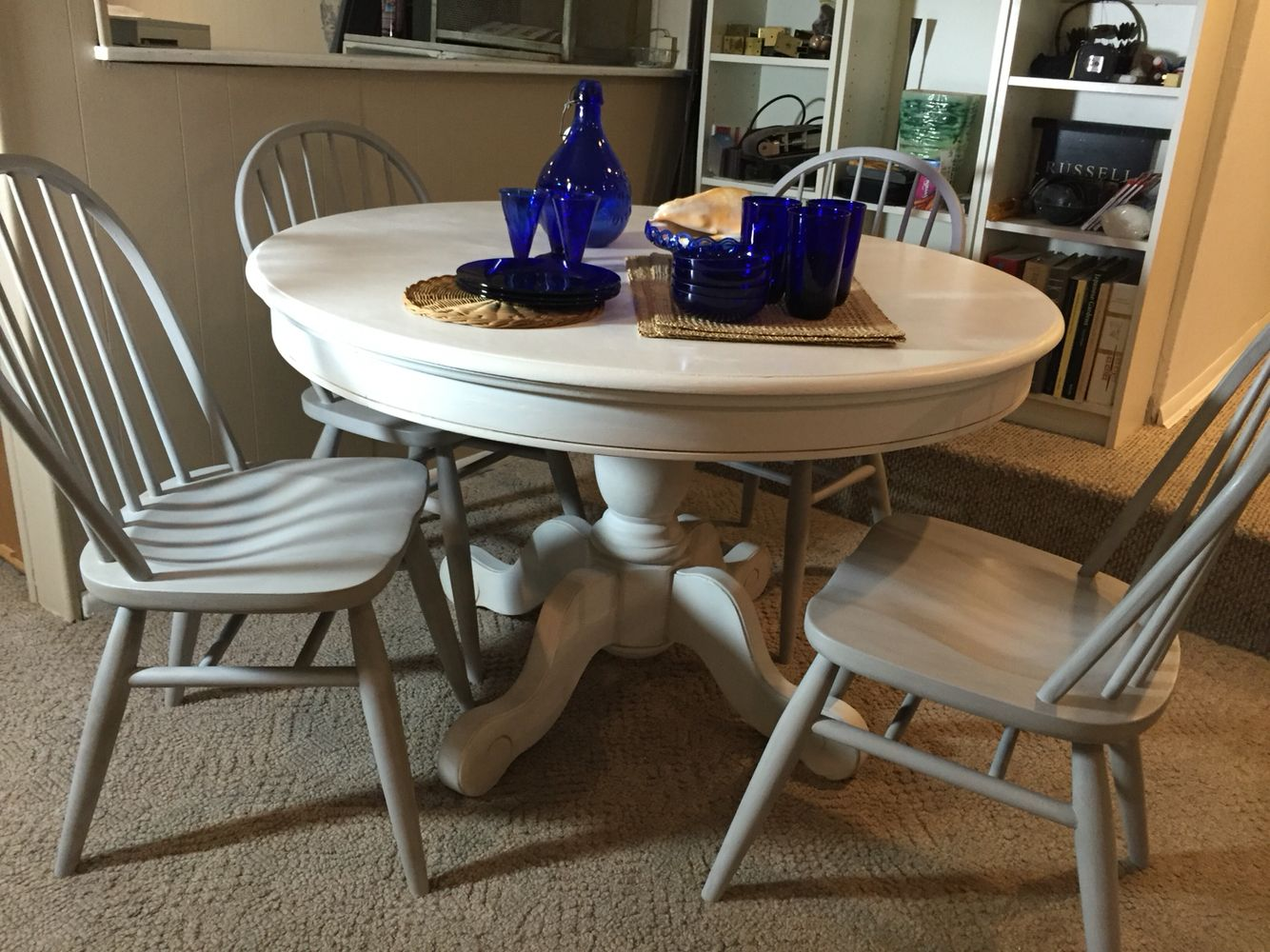 Pedestal Table And Chairs White Chalk Paint Top Linen
