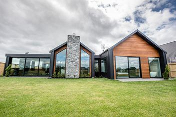 Contemporary Nz Classic From Design Builders Modern Barn House Facade House House Designs Exterior