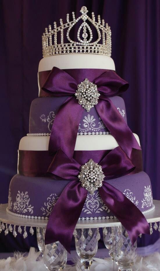 Purple cake almost too pretty to eat! I would like to make my card holder look like this! keep it forever!!!