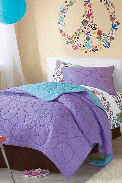 Peace Sign Bedroom Accessories: #girls Rooms, Peace Sign Embroidered Quilt