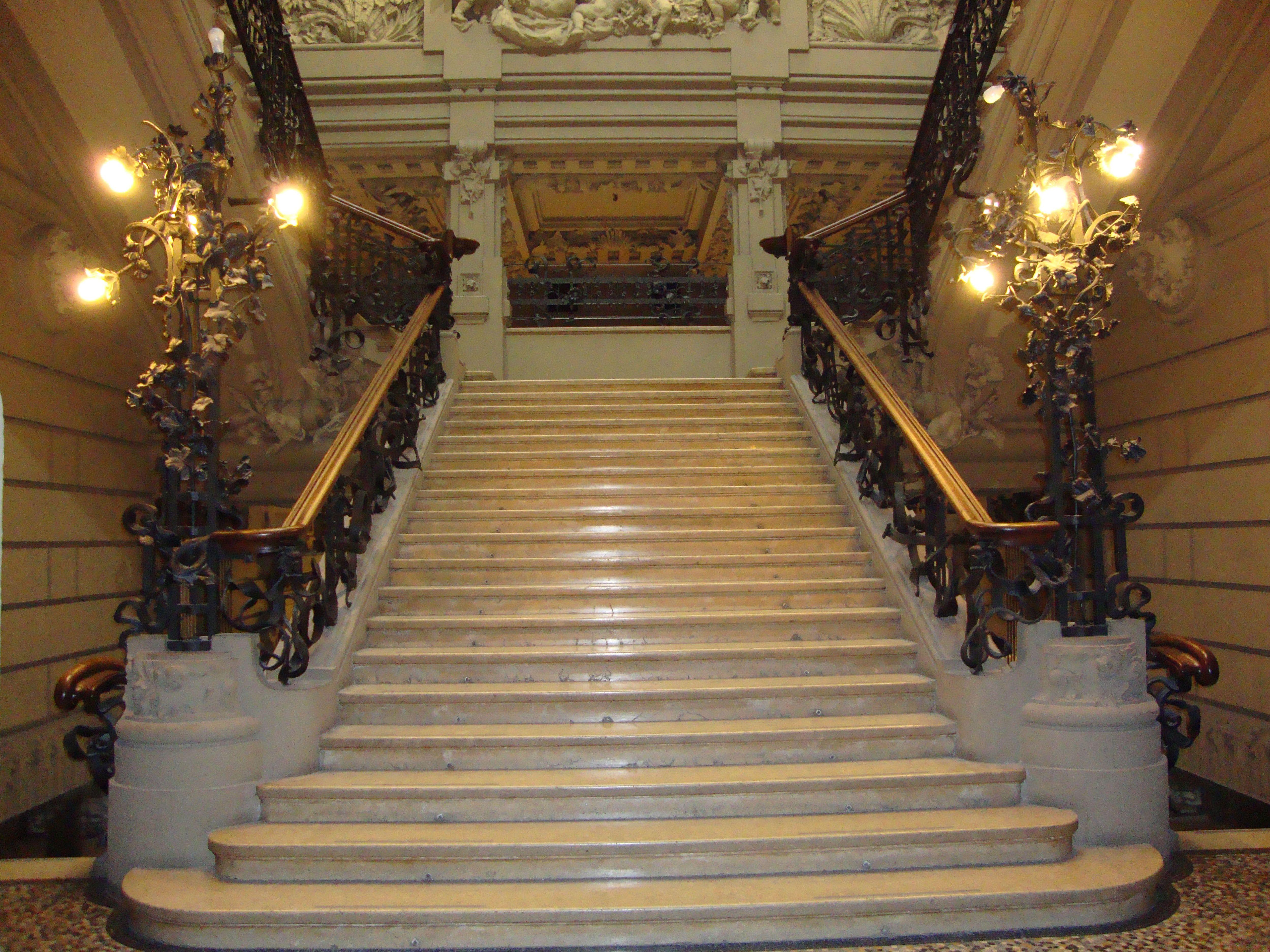 Palazzo castiglioni corso venezia 47 49 via marina 10 for Corso design interni milano