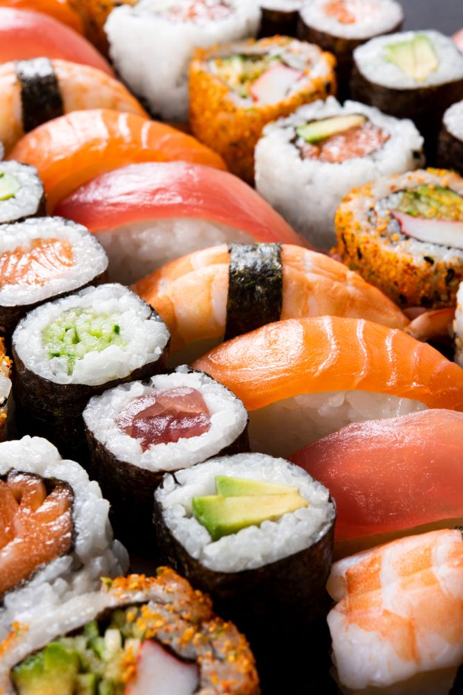 Conoce Los Distintos Tipos De Sushi Sushi Recipes Sushi Buffet Sushi