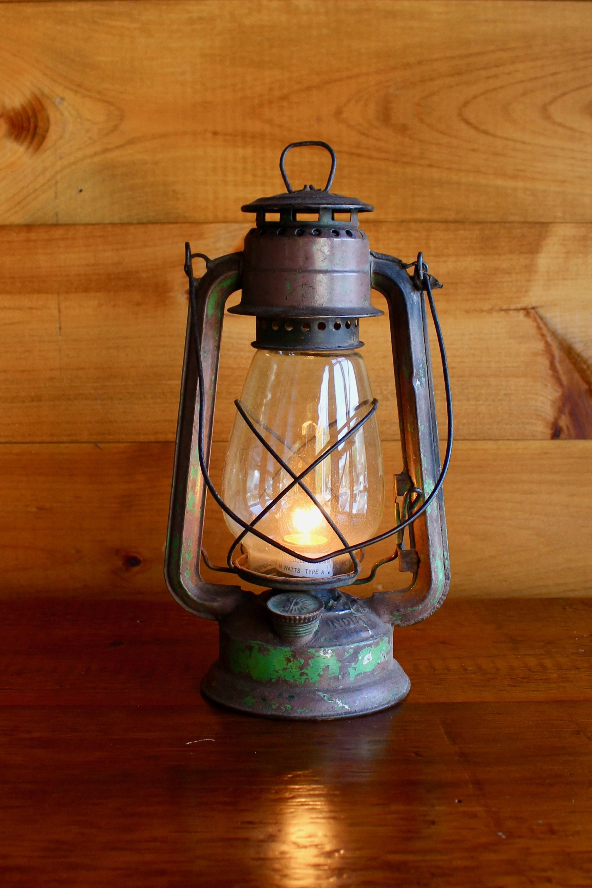 Authentic Old Lantern Lamp Old Lanterns Lantern Lamp Vintage Lanterns