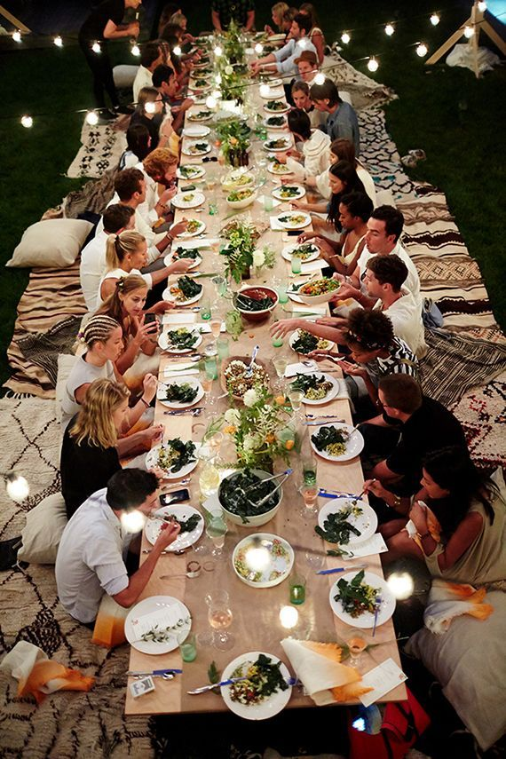 Outdoor entertaining ideas by Eye Swoon | Dinner party