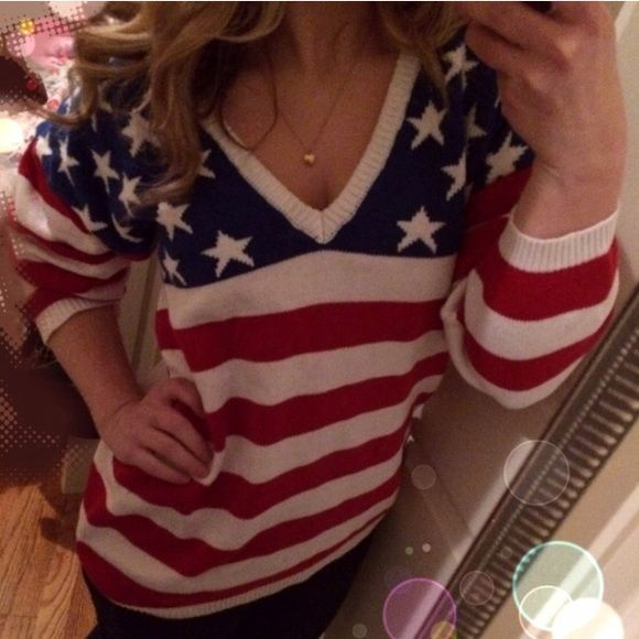 Vintage American flag slouchy dolman sweater m Reposh! Got lost in the mail and showed up on my doorstep after buyer was refunded 2 months later :( Vintage American flag sweater that would best fit a a larger small or medium depending on desired look. I'm a small pictured and looks cute for a slouchy look. Good vintage condition. similar to UO's vintage section NO TRADES Urban Outfitters Sweaters V-Necks