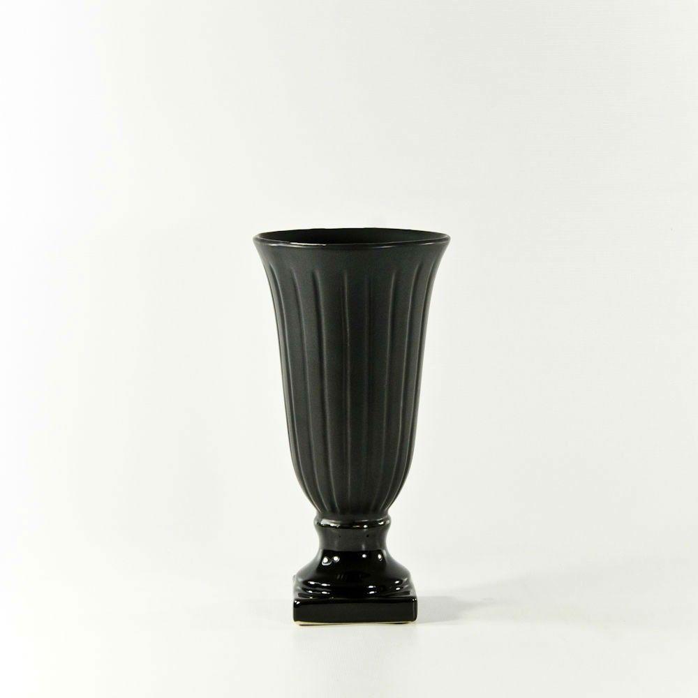 Matte black ceramic urns for cheap at wholesale flowers in san diego matte black ceramic urns for cheap at wholesale flowers in san diego wholesale flowers izmirmasajfo
