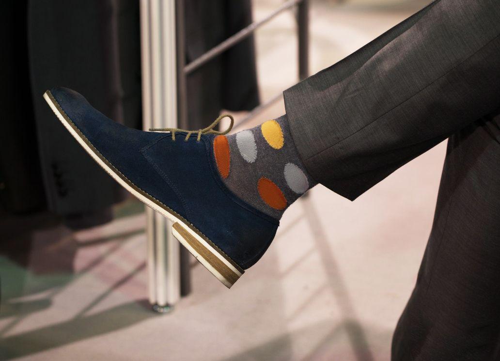 meias-coloridas-e-o-traje-social-socks-on-the-beat-meias-masculinas-roupa-social-alexandre-taleb (12)