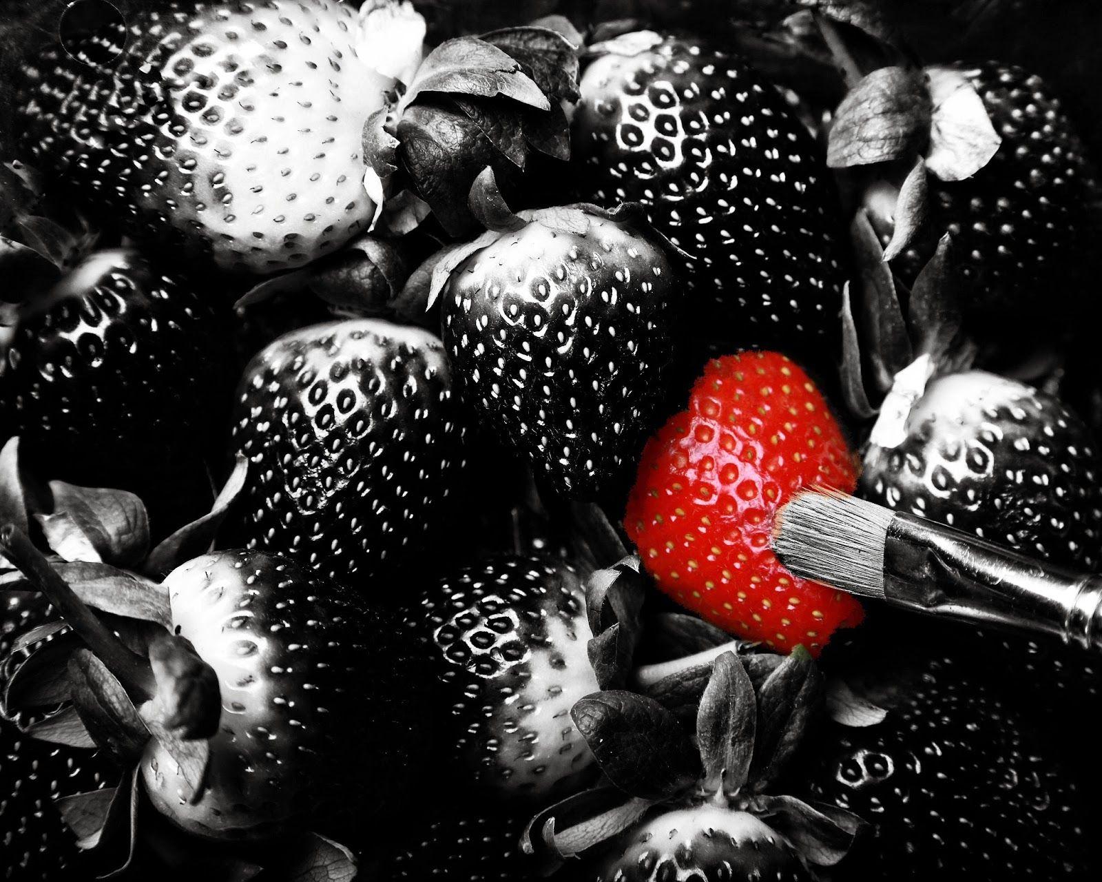 """Blog de @Eva Collado Duran: Creando y trabajando la marca personal en la RED #RRHH #MarcaPersonal  """"Y si hay algo que sí he aprendido ya, es que el verdadero secreto de una buena marca personal 2.0 es acabar dando la mano en el 1.0, donde las cosas suceden, se materializan, y ocurren."""""""