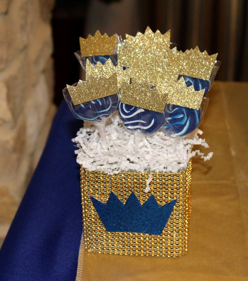 royal themed baby shower lollipops crowns royal blue