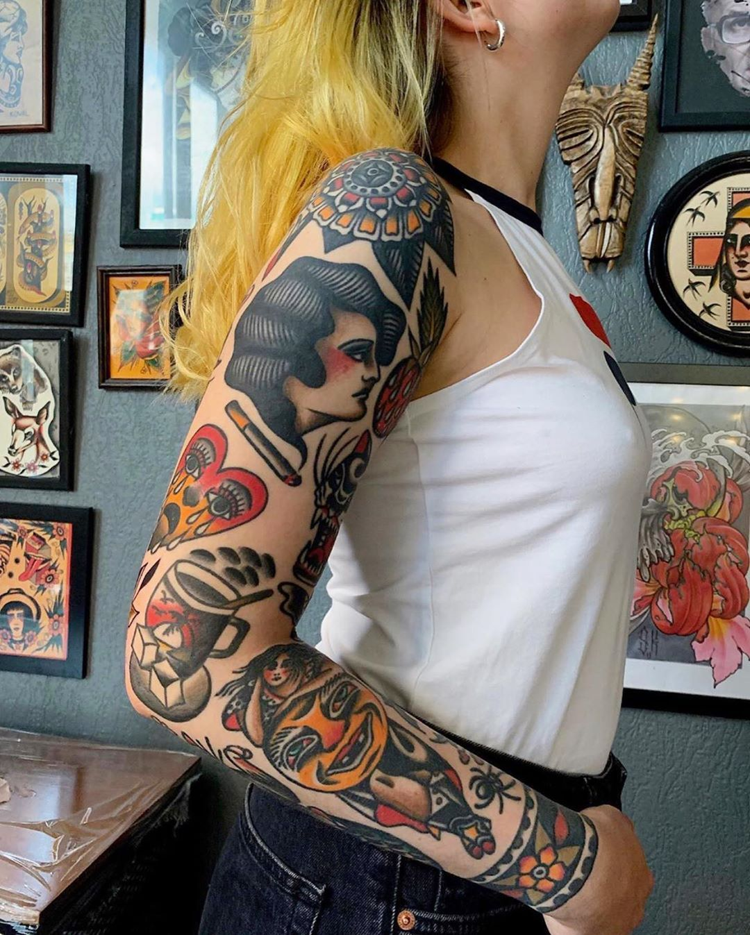 Photo of Tatouage traditionnel sur Instagram: «#tattoo by @staaadler … … … … #traditional #traditionaltattoo #traditionalartist #oldtattoo #oldschooltattoo # tattooartist…»