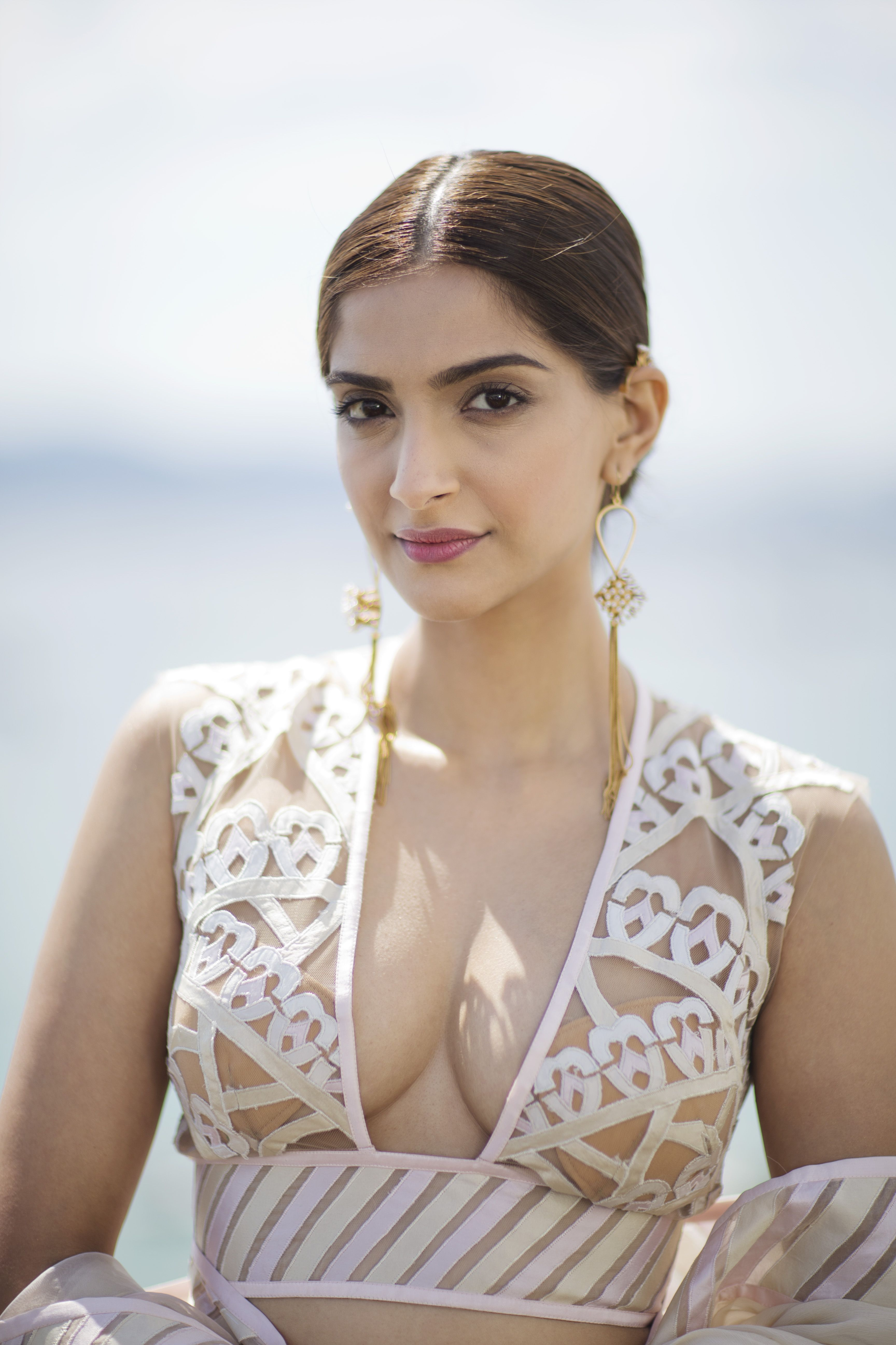 Pin By Actresses Pin On Sonam Kapoor In 2019  Sonam -5657