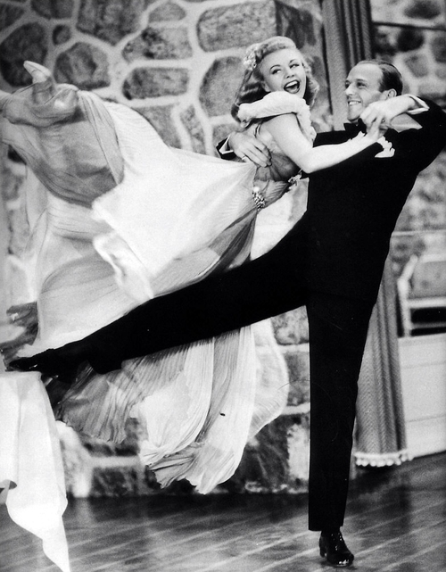 Ginger Rogers I Did Everything Fred Astaire Did But Backwards And In High Heels This Picture Is Adorable Fred Astaire Dance Ballroom Dancing