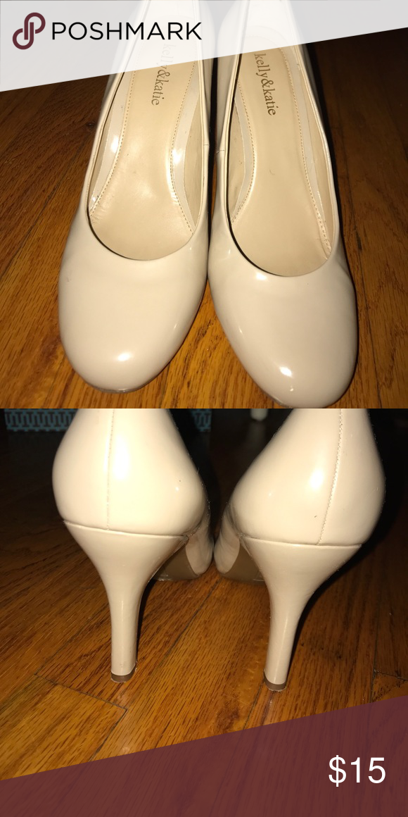 Kelly and Katie nude heels These shoes were very worn. However they have a few small chips on the heels and one of the toes. Otherwise these shoes are in good condition and still have a lot of life left in them. Kelly & Katie Shoes Heels