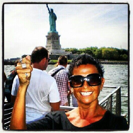 Statua della liberta' con imitazione..;-) #america #new york