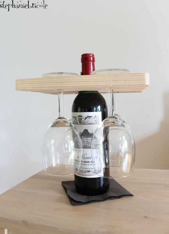id e diy pour la f tes des p res porte verres sur une bouteille de vin porte verre la fete. Black Bedroom Furniture Sets. Home Design Ideas