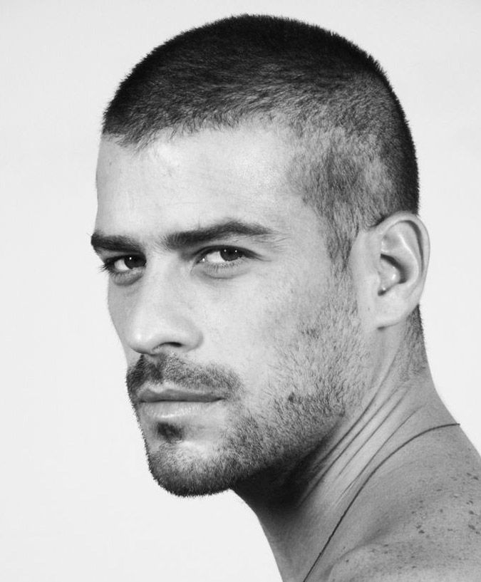 Fryzura Bardzo Krotko Obcieta Kopia Facet Popular Mens Haircuts