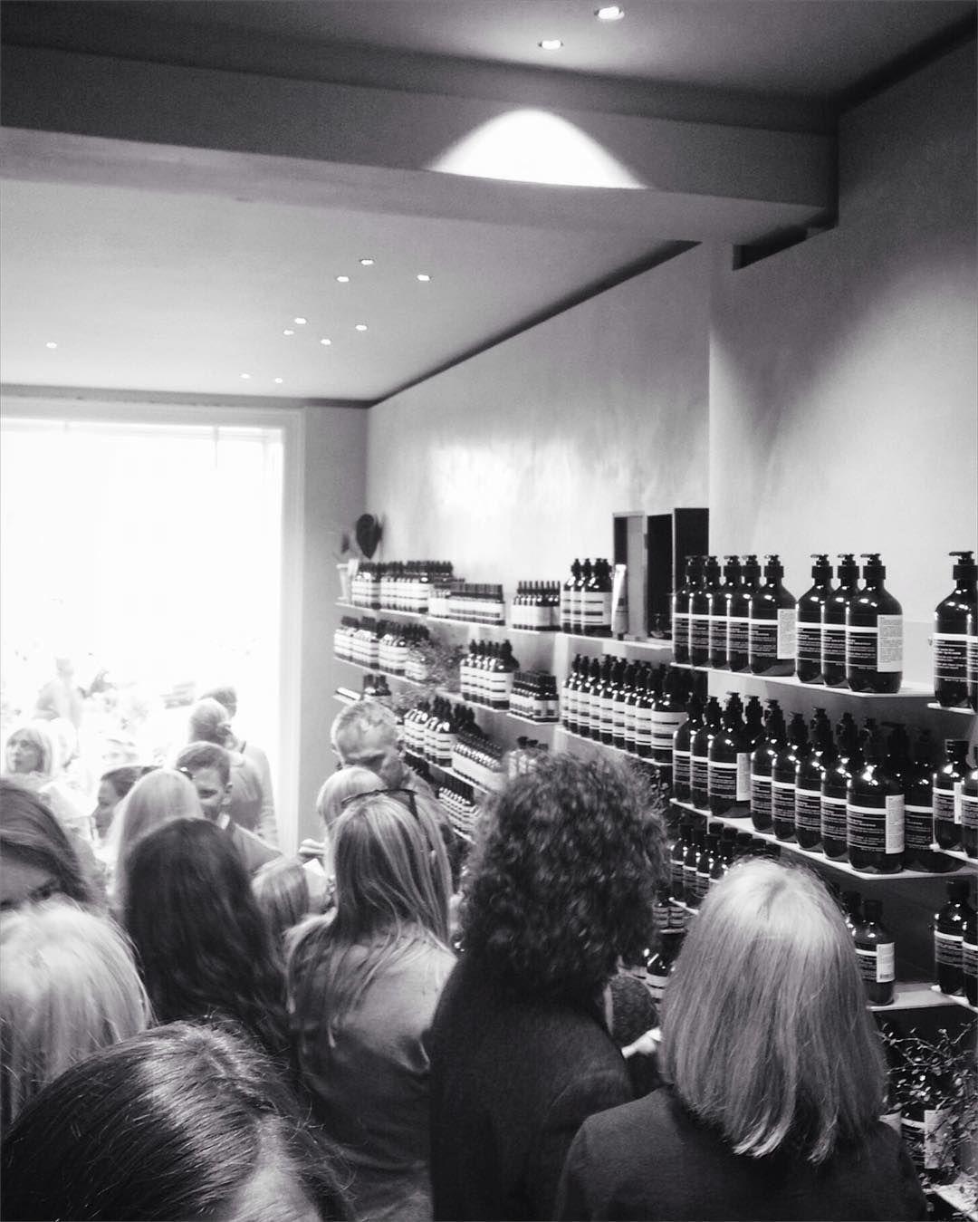 Aēsop velkomme til København  #aesop #skincare #shopping #openingday #københavn #denmark #danmark #interiordesign #vesterbro #stylist #productdesign #fabulous #swagger by samsandvighosman