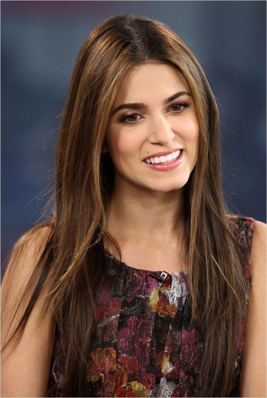 Nikki Reed Rosalie Cullen In Twilight Hair Styles