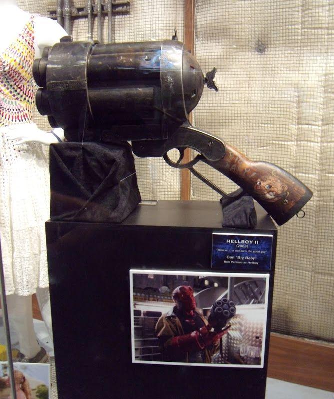 Hellboy 2 movie prop Big Baby Gun