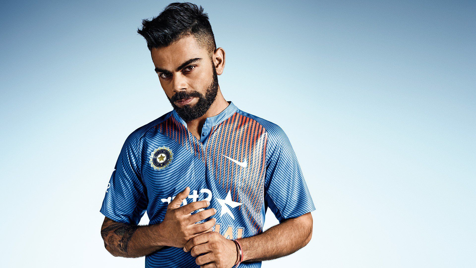 Virat Kohli Wallpaper 13191 Virat Kohli Virat Kohli Wallpapers Cool Photos