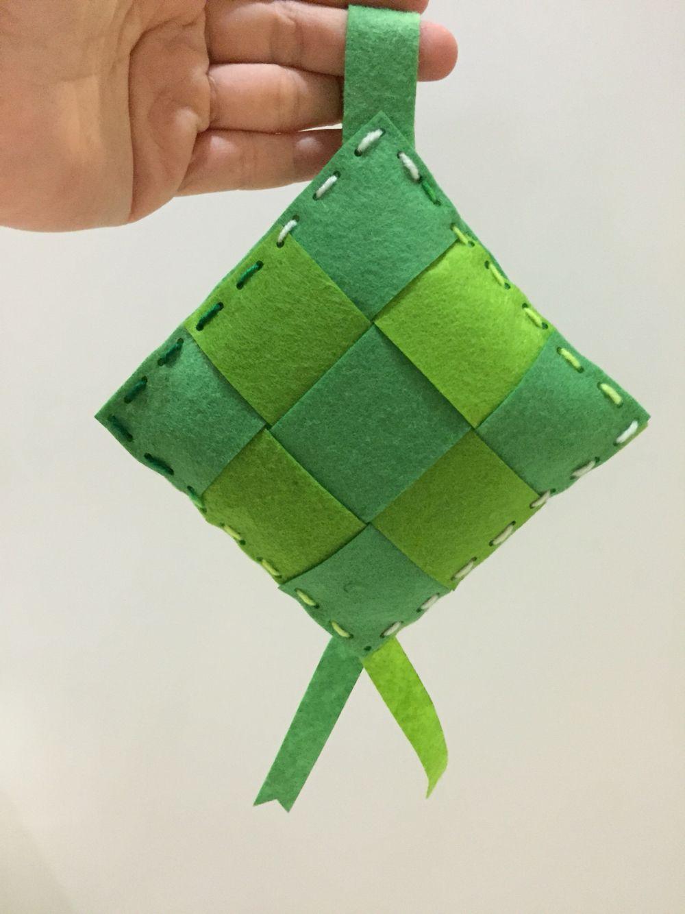 Diy 3d Felt Ketupat Eid Crafts Ramadan Crafts Felt Toys