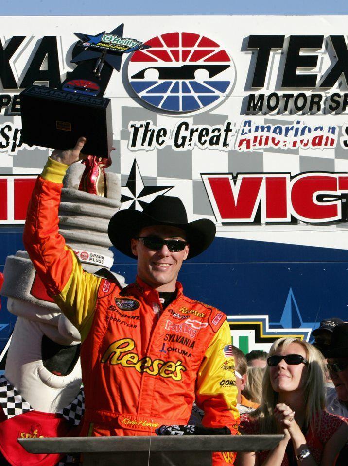 November 5, 2005 Kevin Harvick, driver of the No. 21
