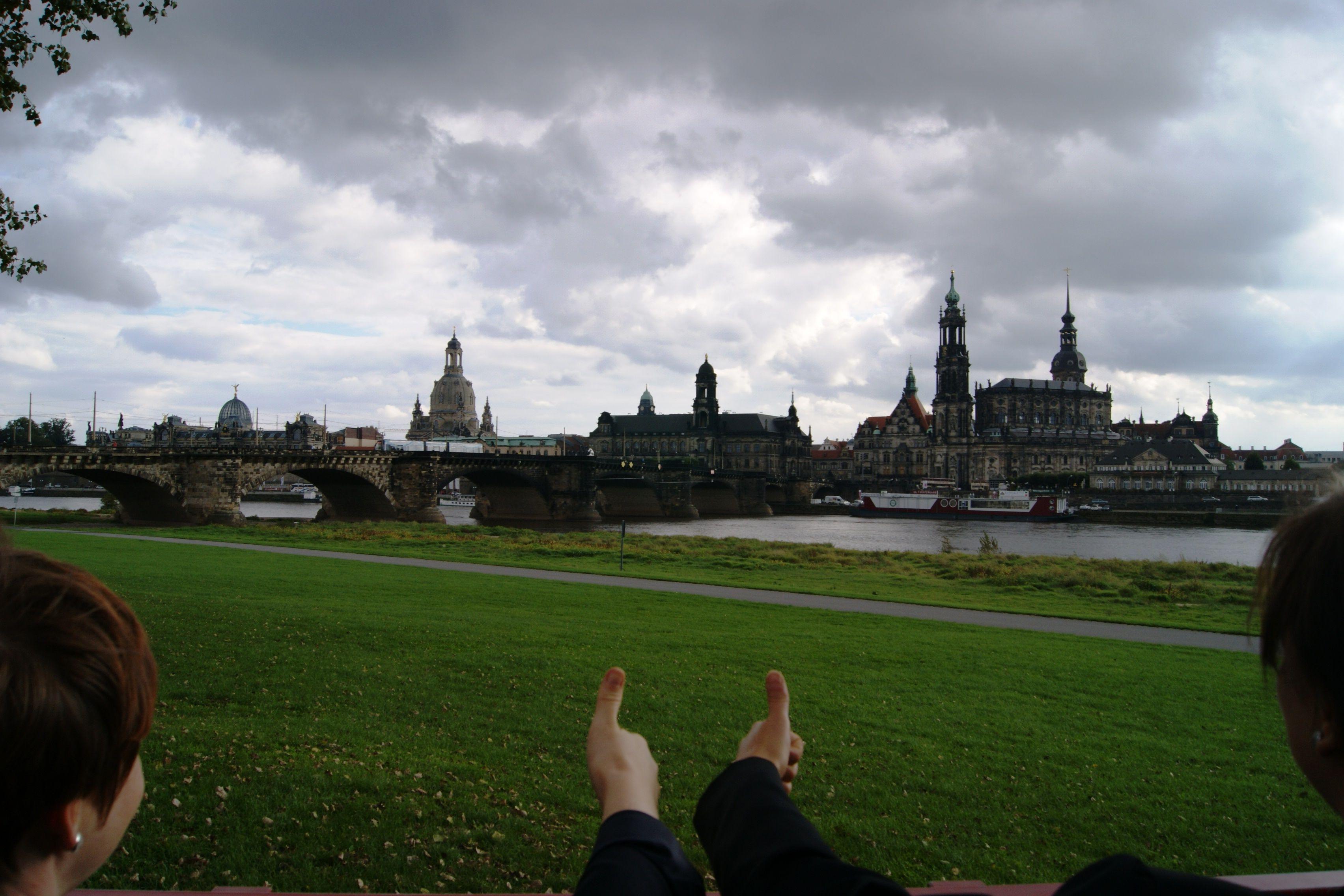 Das Social Media Team hat Dresden fest im Blick und informiert Sie rund um News und Trends in der Stadt.