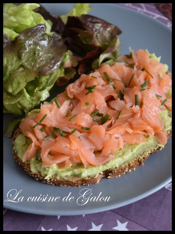 TARTINES SAUMON AVOCATS – La cuisine de Galou