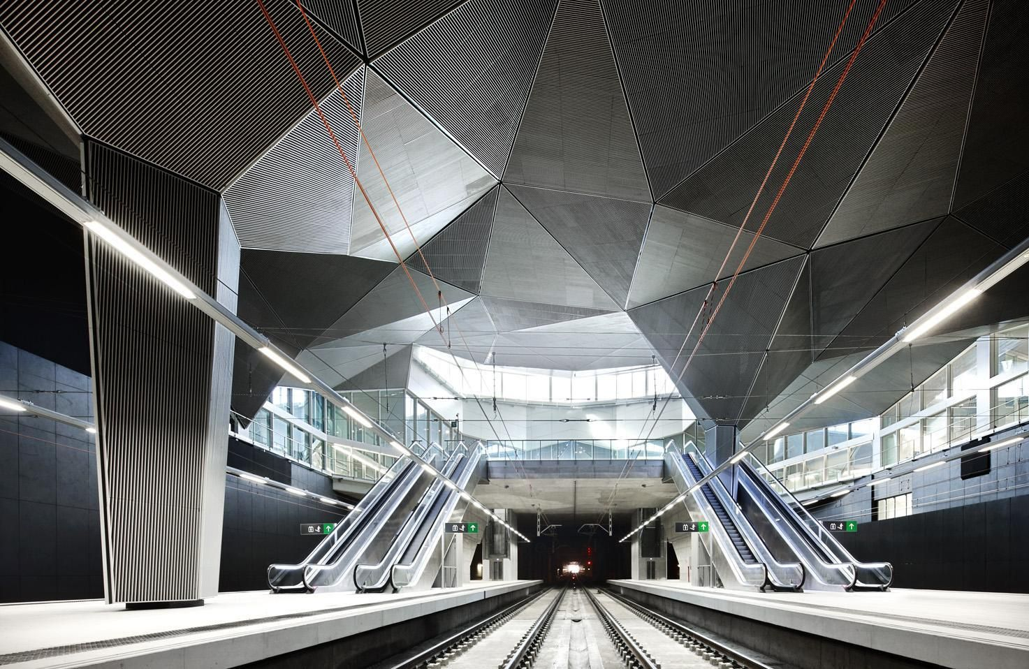 The winning design by architects Iñaki Ábalos and Juan Herreros in the 'International Contest for the Urban Integration of the Railroad in the City ofLogrono': http://www.archello.com/en/project/adif-railway-station-logroño  #Archello #Design #station