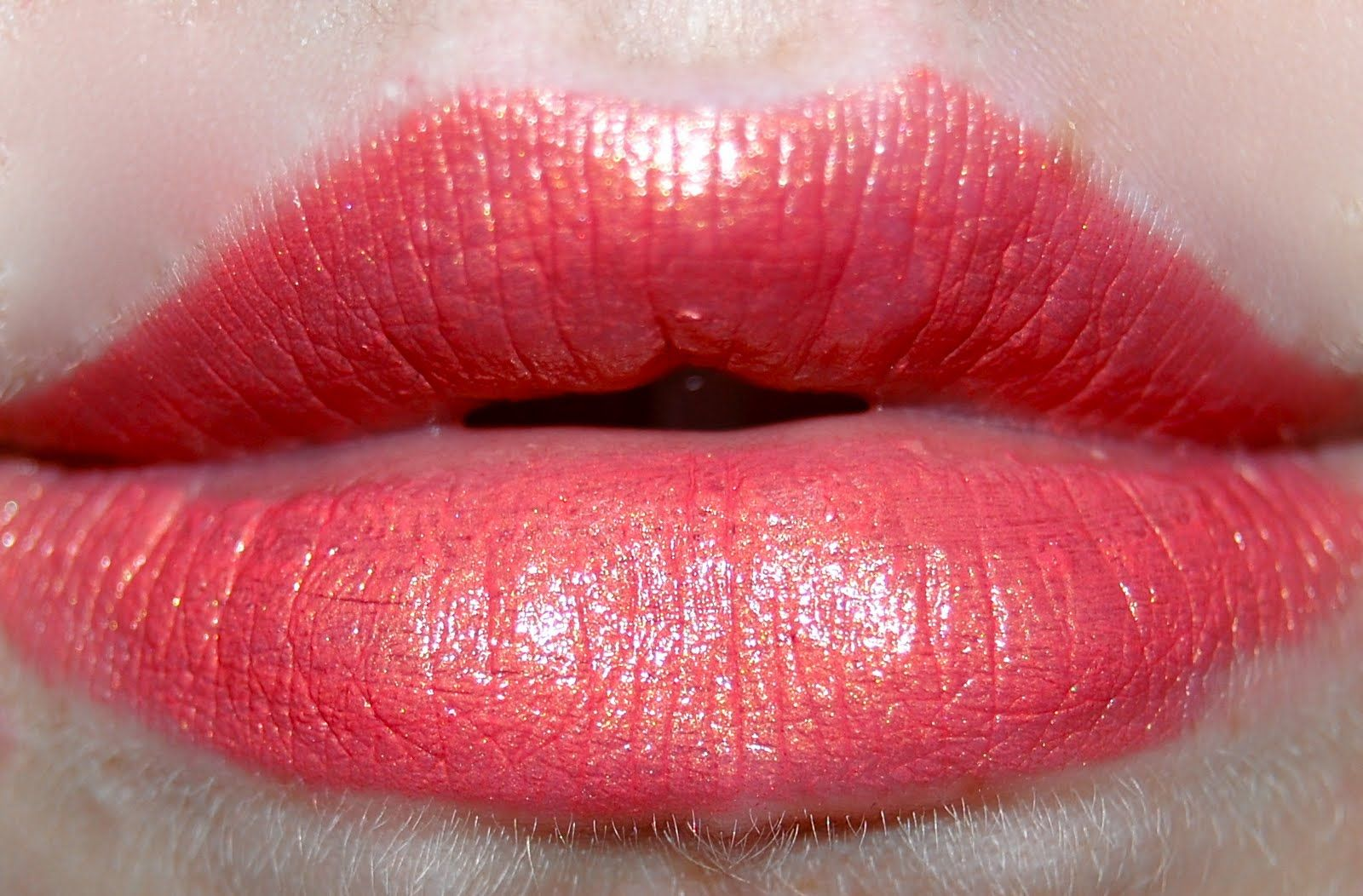 Nyx Round Lipstick in Indian Pink