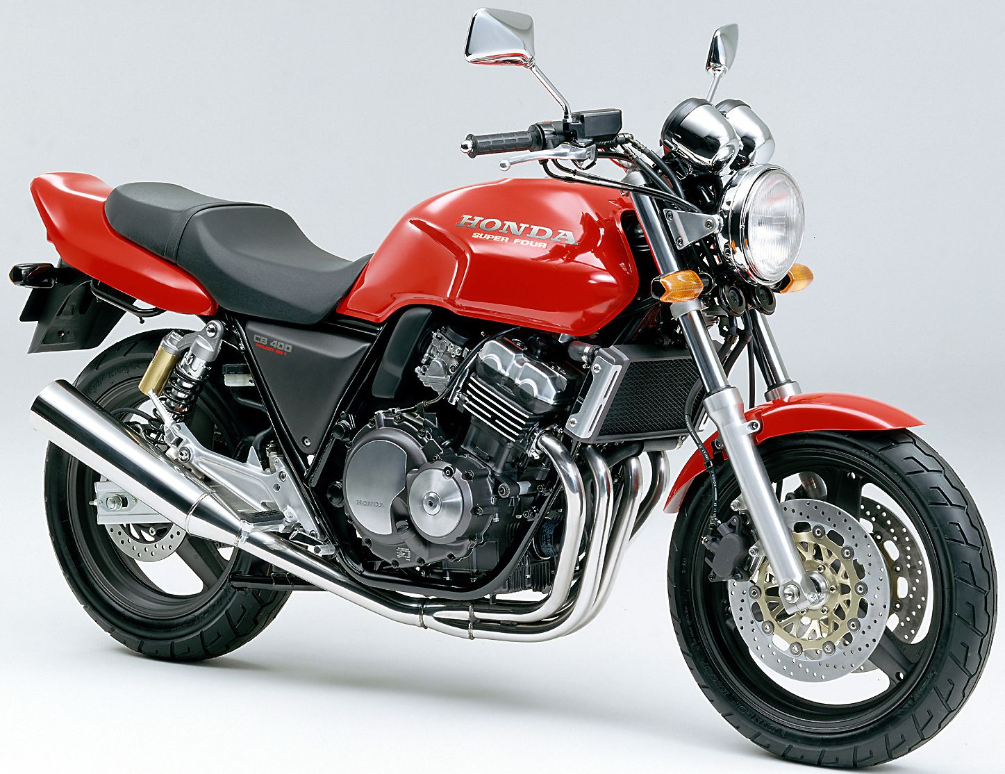 Cb400sfの歴史はここから始まった 1992年 初代 Cb400sf まとめ スーパーバイク ホンダ タンデム