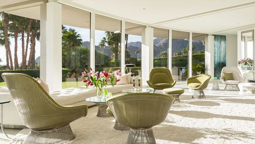 Nice Luxury SoCal Home Celebrates The Endless Summer