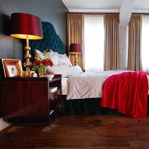 Bett mit Kopfteil in türkis - wow!