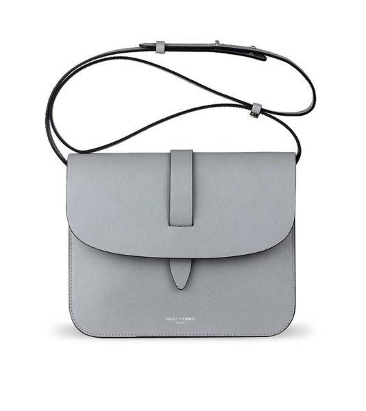 17 Minimalist Bags We Can t Wait to Get Our Hands on dd14fcd1285e8