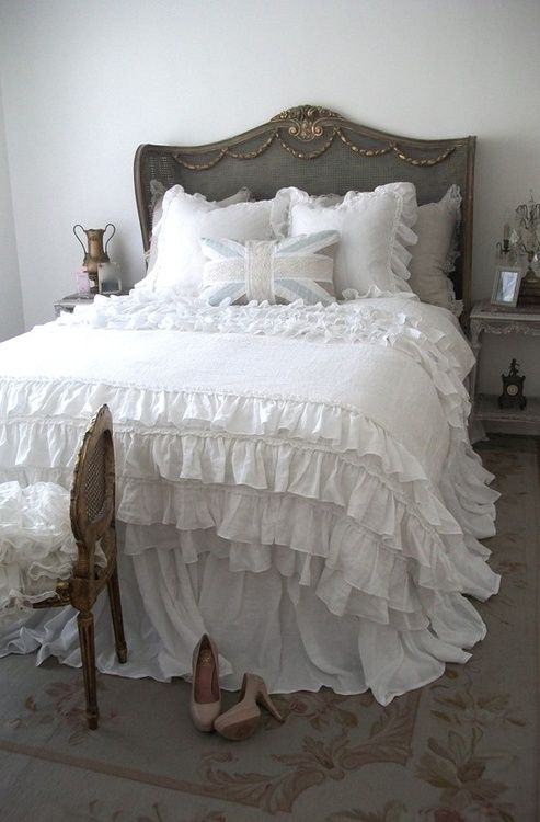 shabby chic bedroom love the ruffled bedspread union jack pillow bedrooms white grey. Black Bedroom Furniture Sets. Home Design Ideas