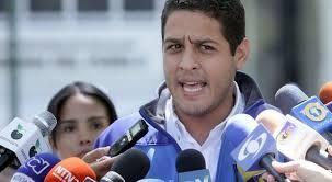 @joseolivaresm: ¡Heridos de la brutal represión de hoy! ¡La dictadura lo único que hace es amedrentar y lastimar a todos los venezolanos! - http://wp.me/p7GFvM-KID