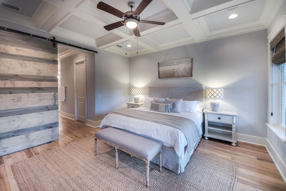 Caldera Springs Rentals Beach Style Bedroom and Barn Doors
