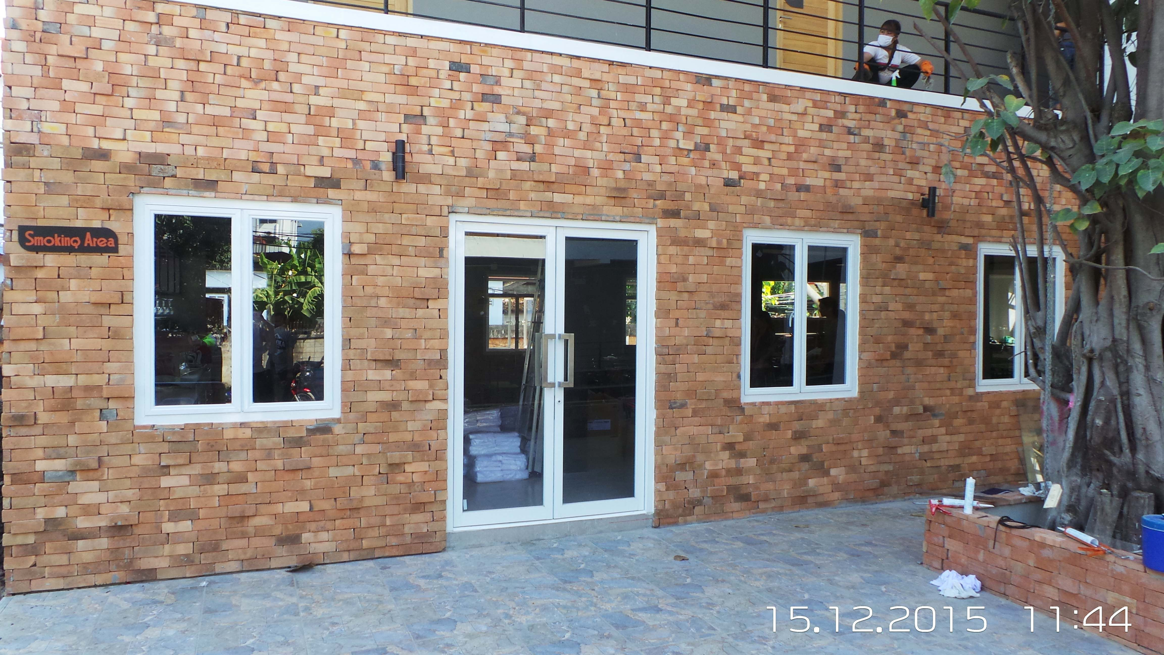 Rec Aluminum Entry Doors Overhead Concealed Door Closer Pricing From 950 Per Pair Closed Doors Doors Entry Doors