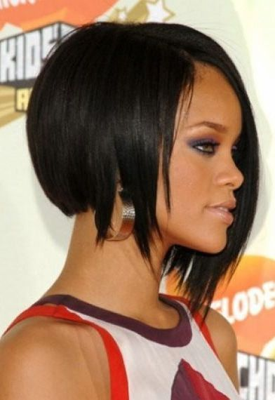 Rihanna angled bob cut hairstyle hairplay pinterest bob cut rihanna angled bob cut hairstyle urmus Choice Image
