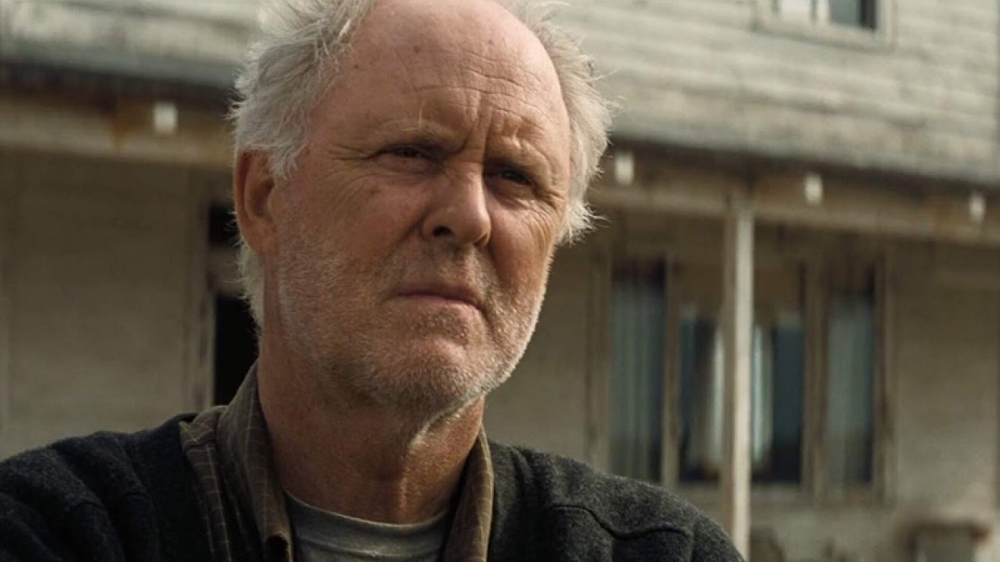 John Lithgow Will Hunt Down Jeff Bridges In Fx S Old Man With Jon Watts Set To Direct John Lithgow Pet Sematary Jeff Bridges