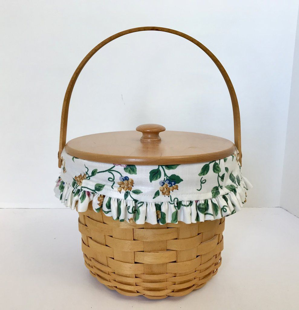 Longaberger Signed Medium Picnic/Storage Basket with Cloth Liner ...